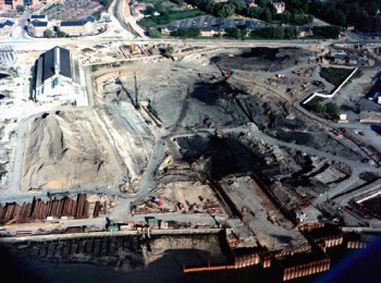 May 1993: Construction of Coffer Dam and Excavation of Casting Basin on East Bank
