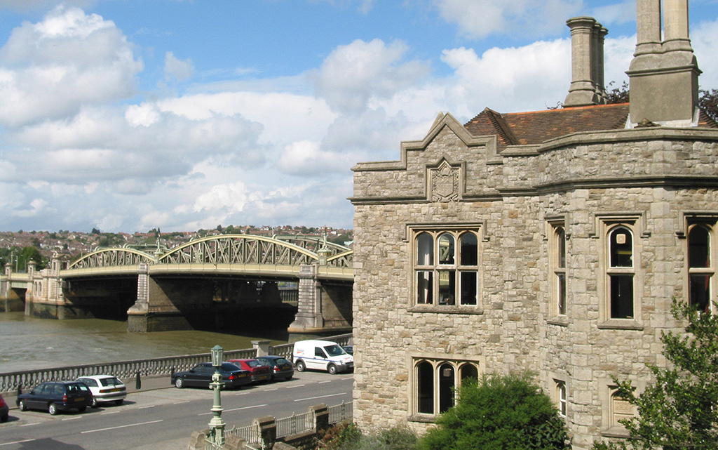 Bridge Chamber and Bridge ft