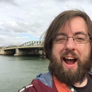 bridge-selfie