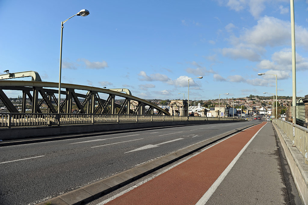 New Bridge cycle path towards Strood no traffic