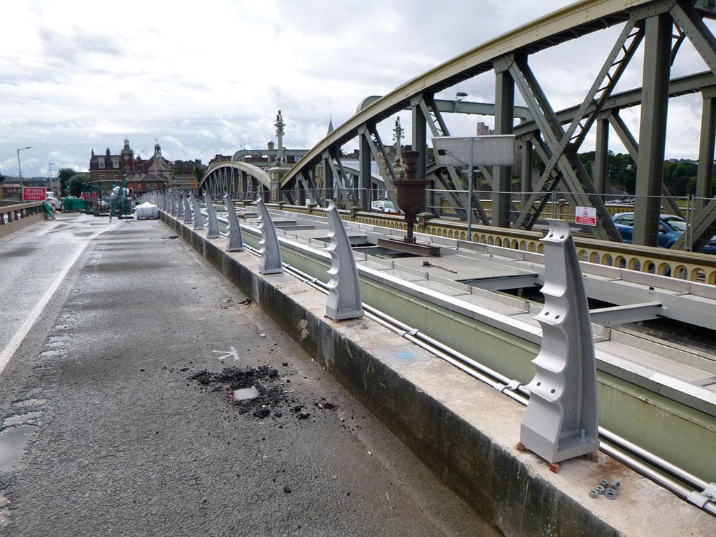 New Bridge new parapet posts being installed
