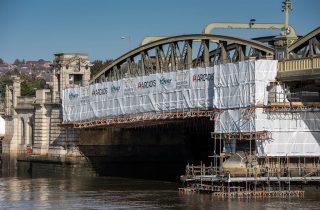 Rochester bridge refurbishment lecture